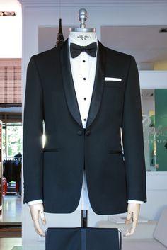 https://www.facebook.com/media/set/?set=a.10153519760954844.1073742512.94355784843&type=3   #fashion #style #menswear #mensfashion #mtm #madetomeasure #buczynski #buczynskitailoring #loropiana #events #suit #tailoring #tuxedo #blacktie