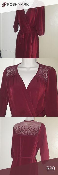Ladies M/L Burgandy Lace Kimono Free People Cute worn once or twice. Very feminine. Free People Intimates & Sleepwear Robes