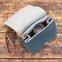 帆布バッグインバッグ カメラバッグやストラップ販売monogram Embroidery Bags, Camera Case, Craft Work, Handmade Bags, Couture, Sewing Crafts, Diy And Crafts, Pouch, My Style