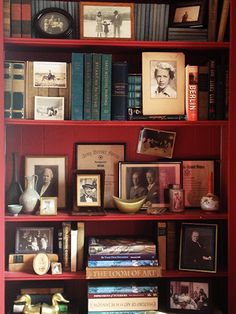 Notes from the Field: The Art of Styling Bookshelves | New England Home Magazine