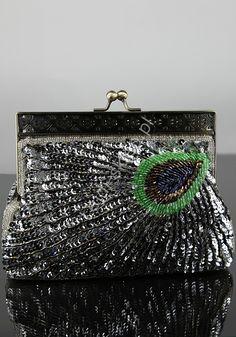 Silver peacock clutch bag. Srebrna torebka z cekinami - pawie pióro, koraliki | srebrne torebki