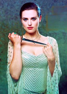 Inspiration for Lady Vega's costume. It's too much of a coincidence to say that I thought Lady Vega always has a dagger hidden inside her clothes? Lorde, Merlin Series, Merlin Morgana, Keira Christina Knightley, Lena Luthor, Mary Elizabeth Winstead, Katie Mcgrath, Brown Blonde Hair, British Actresses