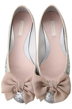 cute flats with bows