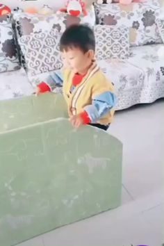 Recycling recyclables diy crafts for kids, fun crafts, cardboard crafts, craft videos, Diy And Crafts Sewing, Diy Crafts For Kids, Crafts To Sell, Fun Crafts, Recycle Crafts, Kids Videos, Craft Videos, Cardboard Crafts, Cardboard Playhouse