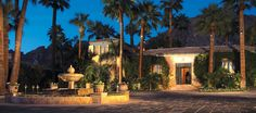 #love2sniqueaway to the desert.  Preparing to be pampered. Evening falls on Royal Palms