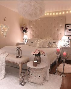 47 Lovely Girly Bedroom Design Creating your room design is one thing that can be both exciting and draining. All people have their own preference […] Small Room Bedroom, Home Decor Bedroom, Living Room Decor, Small Rooms, Cozy Bedroom, Bedroom Plants, Teen Bedroom Sets, White Bedroom, Bedroom Inspo