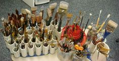 CRAFTS - Need to do this as I do suffer from BAS (brush acquisition syndrome)! brush storage from PVC pipe glued to a simple piece of wood Art Studio Storage, Studio Organization, Classic Paintings, Art Studios, Design Studios, Art Auction, Diy Crafts, Crafty, Pvc Pipes