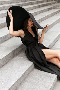 Sun Hats Broad-brimmed Hat Hat With a Wide Brim Hat for Photosession Women's Hat Linen Hat Broad-brim Big Hat Black Hat Beige hat Outfits With Hats, Stylish Outfits, Stylish Clothes, Fashion Trends 2018, Fashion 2018, Fashion Online, Yeezy Fashion, Linen Pants Women, Black Overalls