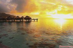 moorea tahiti | Friday Photo] Sunset over the Lagoon in Moorea, French Polynesia