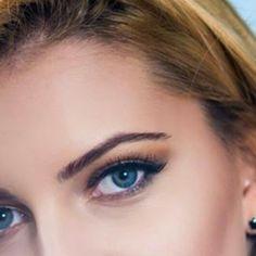 Blue Eye Makeup, My Fb, Blue Eyes, Prom, Facebook, Colors, Winter, Wedding, Beauty