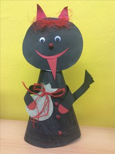 Xmas, Christmas Ornaments, Paper Straws, Hana, Holidays And Events, Halloween Crafts, Education, Holiday Decor, Halloween Kids