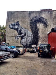 roa squirrel williamsburg street art | HPMcQ