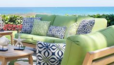 Spring New Life to Your Outdoor Living Space   PatioFurniture.com #springlook #outdoorliving #patiofurniture