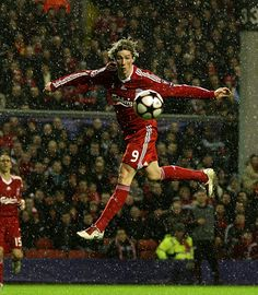 Liverpool striker Fernando Torres in action against Fiorentina in December Liverpool Legends, Liverpool Players, Liverpool Football Club, Liverpool Fc, Best Football Team, Football Photos, Salah Liverpool, Liverpool Wallpapers, Premier League Teams