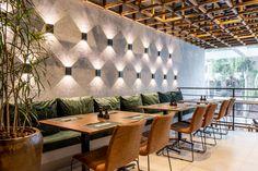Industrial Restaurant Design, Restaurant Exterior Design, Restaurant Lighting, Restaurant Lounge, Lounge Design, Small Store Design, Food Court Design, Asian Bistro, Exterior Tiles