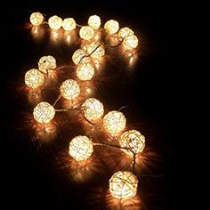 wholesale dealer f5bcc 3e396 Cosansys 20LED Guirlande Guirlandes Lumineuses Batterie Rotin Pour Noël,  Mariage, Patry, Decoration Maison Etc Environ 2.2M 3 XAA Piles (Non Inclus)  (Blanc ...