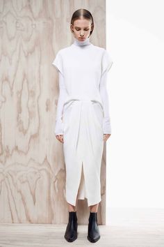 / D A Y 4. Dion Lee, from pre-fall 2014. New young Australian designer. Love way he makes his lines and shapes, also his sense of detailing is magnificent. Plain white layered outfit.