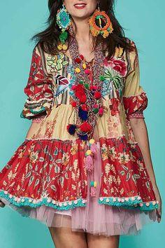 Open blouse van Antica Sartoria in een kleurrijke print. Blouse, Bohemian, Summer Dresses, Folklore, Sunshine, Prints, Style, Fashion, Swag