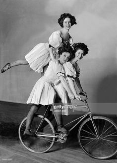 Artistic cycling: the 'Warwick - Girls' performing a balancing act on bicycles - 1909 - Photographer: Zander & Labisch - Vintage property of ullstein bild Pictures | Getty Images