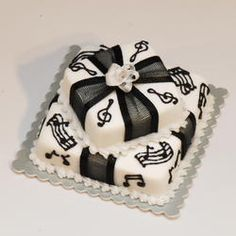 2 Tiered Music Cake | Stewart Dollhouse Creations
