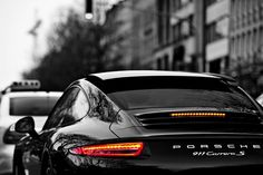 Black 911 Porsche Carrera