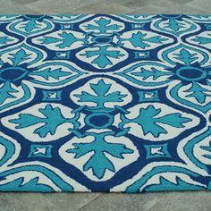 Frida Indoor/Outdoor 5' x 8' Rug in Blue