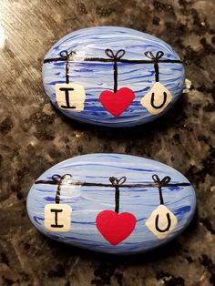 Valentine's heart painted rock, my Etsy shop: http://etsy.me/2CDqaRp