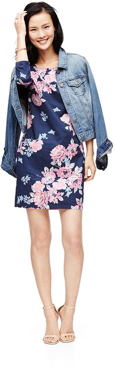 Flirt with the idea of pairing an Old Navy Denim Jacket with a Floral Shift dress for the perfect spring inspired look. Stylish Dresses, Fashion Dresses, Dresses For Work, Shift Dresses, Summer Work Outfits, Spring Outfits, Spring Summer Fashion, Spring 2015, Spring Time