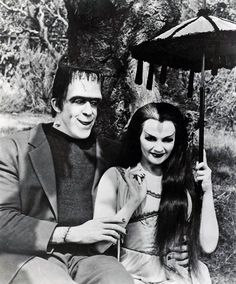 Fred Gwynne & Yvonne De Carlo, Herman & Lily Munster in The Munsters