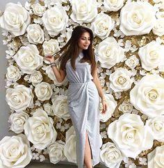 Flower Wall Wedding, Paper Flowers Wedding, Crepe Paper Flowers, Party Decoration, Diy Wedding Decorations, Flower Decorations, Paper Flower Decor, Paper Flower Backdrop, Floral Backdrop