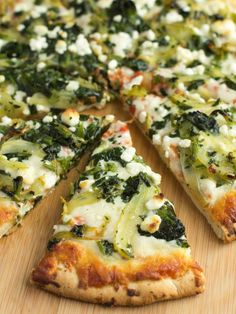 Pizza with Caramelized Fennel and Goat Cheese | 31 Reasons Fennel Should Be The New Food Mascot Of Fall