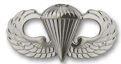 Basic Parachutist (1941) 13TH AIRBORNE DIVISION 17TH AIRBORNE DIVISION 18TH AIRBORNE DIVISION 82ND AIRBORE BRIGADE 101 ST AIRBORNE DIVISO 173RD AIRBRNE DIVISION FLASH AVIATION BRIGADE, 101ST AIRBORNE DIVISION