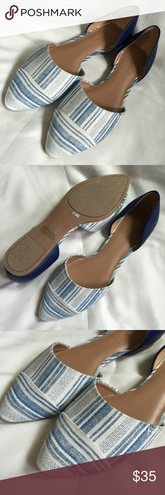NEW TOMMY HILFIGER Pointed toe blue flats size 8.5 New without box! Never worn in great condition! Pointed toe blue striped flats, easy slip on ware, 1/2 inch heel. Tommy Hilfiger Shoes Flats & Loafers
