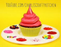 Art themed cupcakes - video of these on YouTube.com/charliscraftykitchen