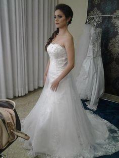 http://amandasantiago.com/vestido-de-noiva-no-obrides/