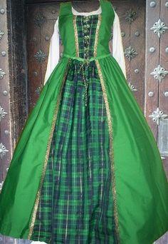 Medieval Gown Renaissance Costume SCA Garb Scot by camelots0closet, $62.00