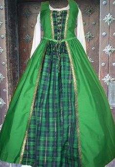 Medieval Gown Renaissance Costume SCA Garb Scot by camelots0closet, $62.00