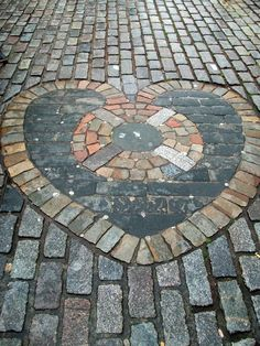 Heart of Midlothian. Edinburgh, Royal Mile  Don't forget to spit!