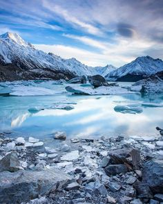 Tasman Glacier Lake, Mt Cook National Park, New Zealand. 📷: Rach Stewart Photography   IG: @rachstewartnz