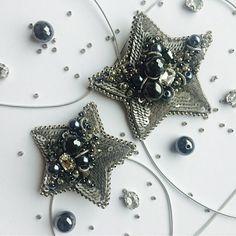 Автор @polinabeloglazova 💎 💎 〰〰〰〰〰〰〰〰〰〰〰〰〰〰 По всем вопросам обращайтесь к авторам изделий!!! 💎 #ручнаяработа #брошьизбисера #брошьручнойработы #вышивкабисером #мастер #бисер #handmade_prostor #handmadejewelry #brooch #beads #crystal #embroidery #swarovskicrystals #swarovski #купитьброшь #украшенияручнойработы #handmade #handemroidery #брошь #кольеручнойработы #кольеизбисера #браслеты #браслетручнойработы #сутажныеукрашения #сутаж #шибори #полимернаяглина #украшенияизполимернойглины