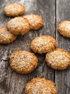 Coconut and peanut cookies with white beans vegan, gluten-free, sugar-free Healthy Cake, Healthy Cookies, Healthy Desserts, Dessert Recipes, Gluten Free Baking, Gluten Free Recipes, Peanut Cookies, Winter Desserts, Polish Recipes
