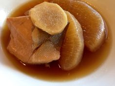 Japanese home cooking  Simmered daikon radish and yellowtail ブリ大根