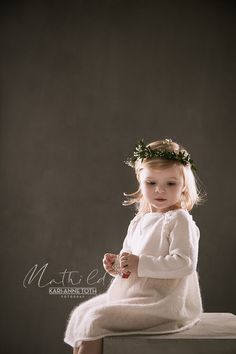 Girls Dresses, Flower Girl Dresses, Barn, Wedding Dresses, Flowers, Fashion, Dresses Of Girls, Bride Dresses, Moda