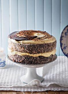 Lamingtons is & lekkerte van Australië wat al so deel is van ons kultuur d., Lamingtons is & lekkerte van Australië wat al so deel is van ons kultuur dat jy kan glo ystervarkies, soos ons dit noem, is hier gebore. Geniet S. Baking Recipes, Cake Recipes, Dessert Recipes, Desserts, Pie Dessert, Party Recipes, Sweet Pie, Sweet Tarts, Kos