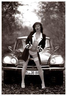 citroen ladies - Page 1233 of 1417 Citroen Ds, Psa Peugeot Citroen, Nylons, Car Girls, Pin Up Girls, Corset, Lingerie Shoot, Monochrom, Amazing Cars