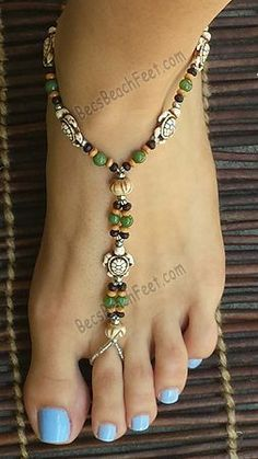 Discover Unique Sea Turtle Artisan Foot Jewelry : A thoughtful gift for any animal lover, our delightful little Turtle foot jewelry and barefoot sandals are a great addition to any summery attire. Beaded Foot Jewelry, Ankle Jewelry, Beaded Sandals, Beaded Anklets, Beach Jewelry, Feet Jewelry, Anklet Bracelet, Bracelets, Footless Sandals