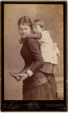 Informal portrait of a woman and girl, 1880s.