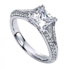 I love this princess cut split shank diamond engagement ring! It's exactly what I want! <3