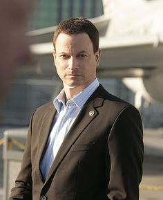 Who doesn't love Gary Sinise?