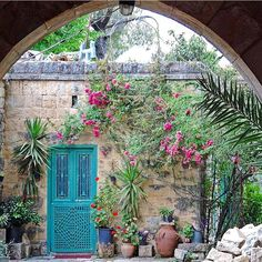 Beautiful old house at By Front Porch Seating, Old House Design, Moroccan Garden, Rustic French Country, Moroccan Design, Unusual Art, Beautiful Sites, Architecture Old, Old Doors